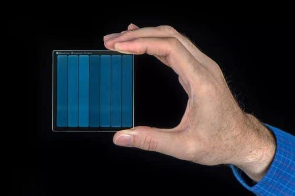 Silica Project - Lưu trữ dữ liệu trên kính từ Microsoft
