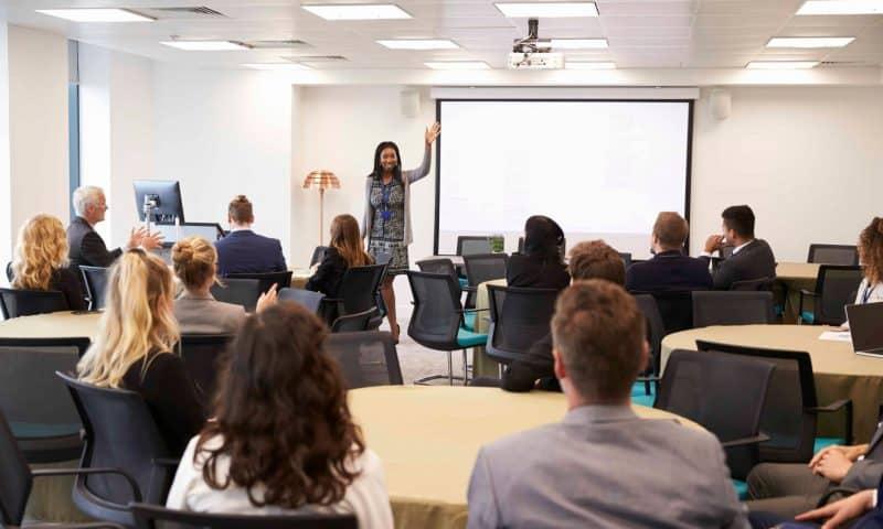 6 cách kết thúc để bạn có bài thuyết trình ấn tượng